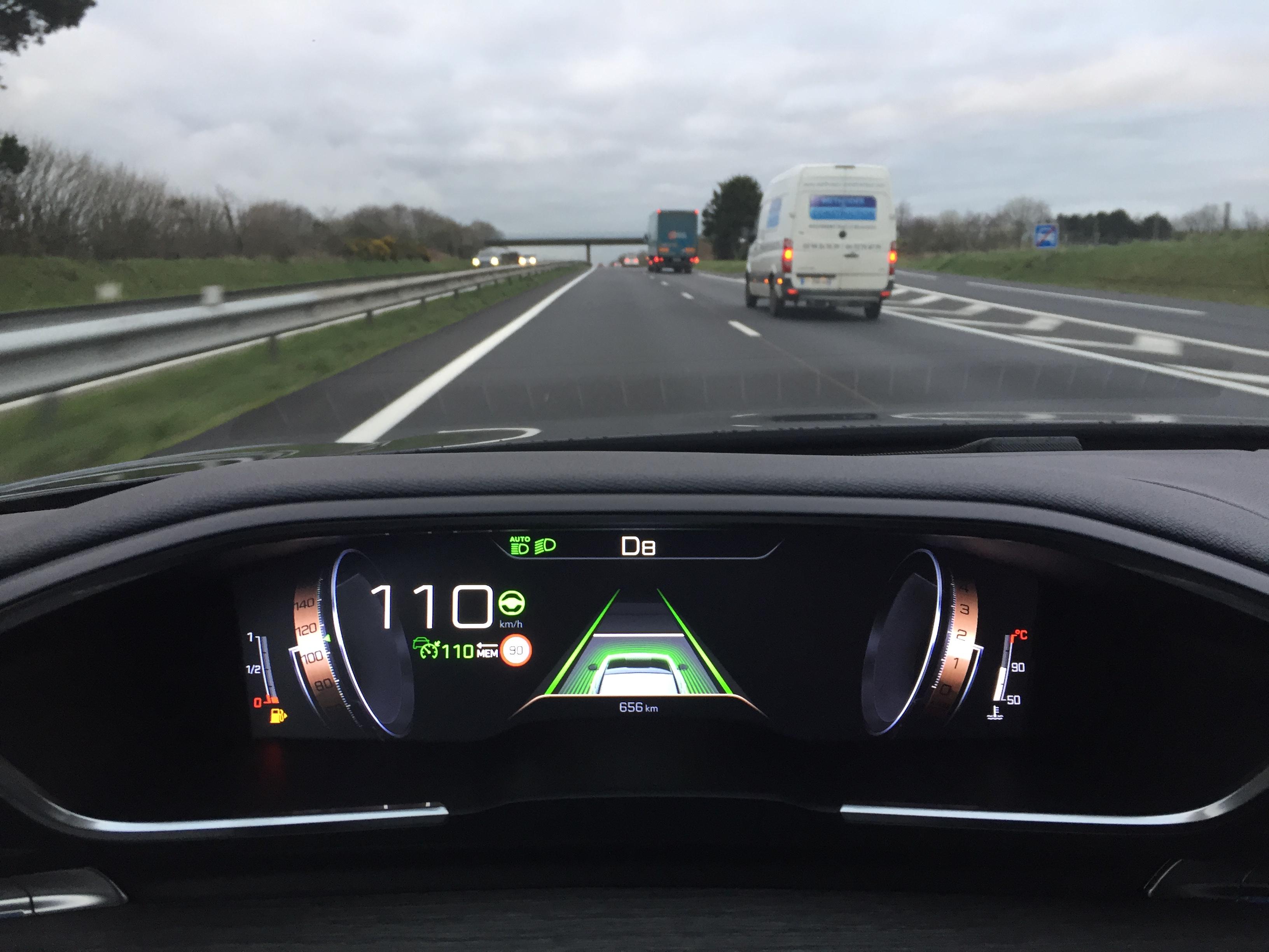 A bord de la Peugeot 508